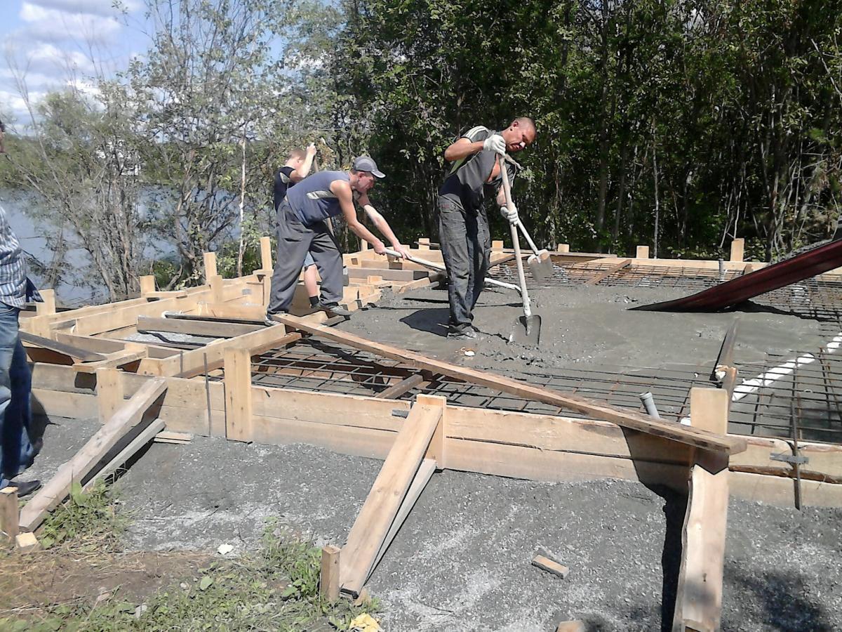 Заливка фундамента под забор в Мытищах